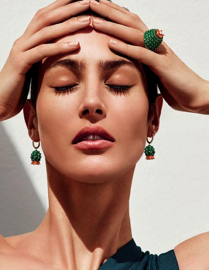 Gold, emerald, carnelian and diamond Cactus de Cartier ring; and earrings, Cartier