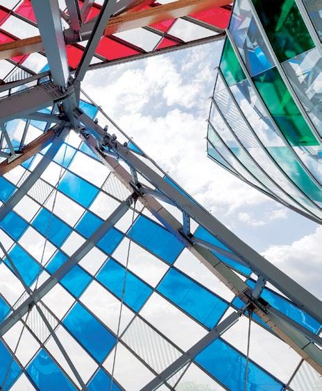Buren's artwork covers Fondation Louis Vuitton