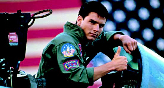 PHOTOS (TOM CRUISE) PARAMOUNT PICTURES/SUNSET BOULEVARD/CORBIS, (F-14 TOMCAT FIGHTER JET) 123RF.COM