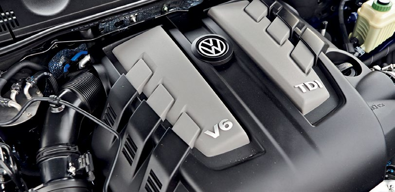 The biggest difference between the two VWs lies under their bonnets, where they're separated by 1577cc, 310Nm and 85bhp.