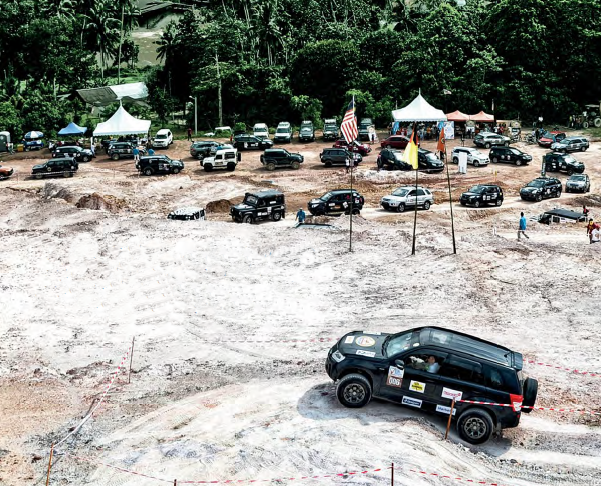 The bravery of the contestants and the agility of their suvs were tested.