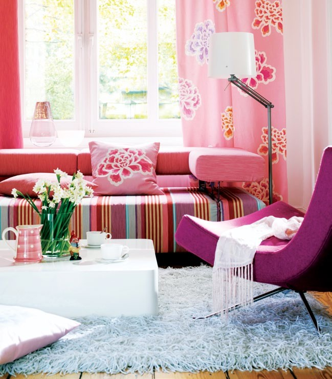 My Reading Room - Pretty in Pink
