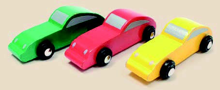 """The prices of new cars are """"coloured"""" by CEVS – green with rebate, red with surcharge, and yellow with neither rebate nor surcharge."""