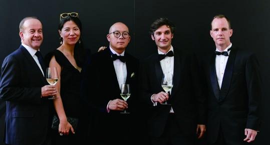5. Gael Burlot, Ivy Jin (Beneteau Group Asia-Pacific), Xing Yu, Thibault de  Montvalon (Beneteau Group Asia-Pacific) and John Higginson (Asia-Pacific Boating)