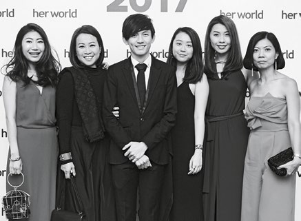 10. The Her World sales team (from left): Lorraine Tiang, Diana Wong, Sean Chen, Shee Huey Miin, Angeline Tang and Lydia Lim.