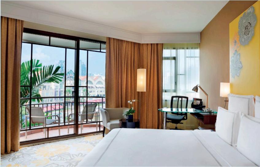 The spacious Swiss Select Clarke Quay Room.
