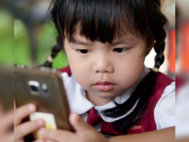 7 Ways To Manage  Screen Time