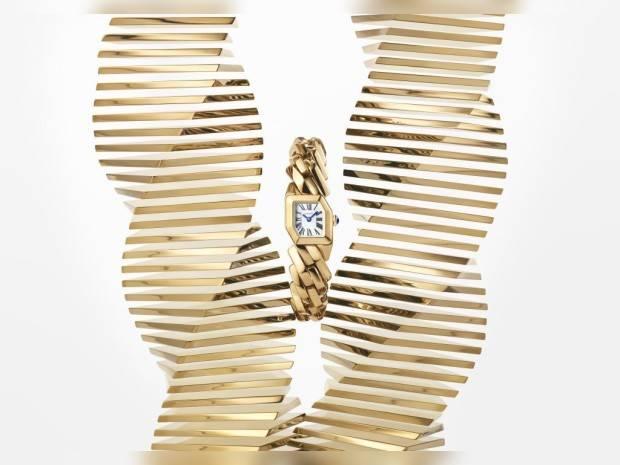 The Deconstructed Bracelet Timepiece