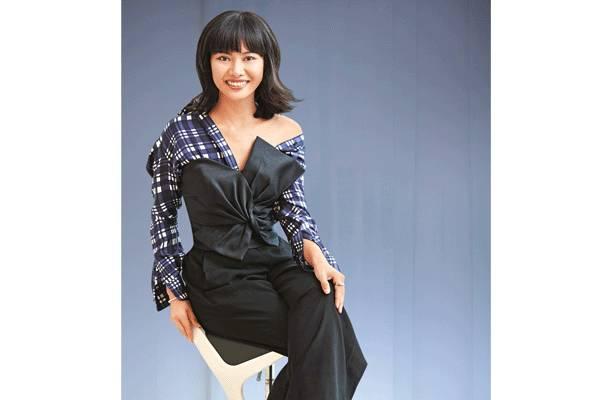 singapore woman